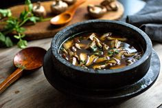 Tofu and Mushroom Broth: Happy Together - The New York Times
