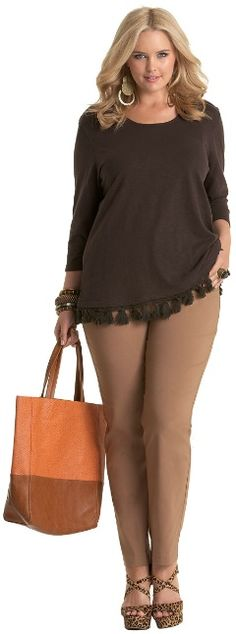 But in a more vibrant color, or just black or charcoal. AZTEC TASSEL TOP - Tops - My Size, Plus Sized Women's Fashion & Clothing Plus Size Girls, Plus Size Women, Curvy Fashion, Plus Fashion, Womens Fashion, Modelos Plus Size, Mode Plus, Looks Plus Size, Plus Size Beauty