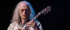 Steve Howe acredita que o Espírito Yes explica tudo  #albunsyes #bandaderockyes #bandayessoon #bandasderockprogressivoatuais #bandasinglesas #bandasrockprogressivo #cdyes #grupoderockyes #grupomusicalyes #grupoyes #rockband #yes