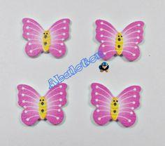 botones de madera forma de mariposa rosas 2 ojales