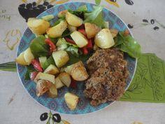 Pesto hamburger for lunch: http://boiledwords.blogspot.de/2016/05/pesto-hamburger-for-lunch.html