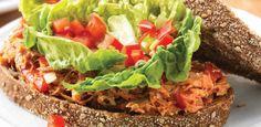 Broodje tonijn met rode paprika & lente-uitjes