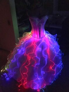 Prom Dresses 2018 Fiber Optic Pixie Skirt Tutorial Magical lights twinkle and change as you twirl Light Up Dresses, Pretty Dresses, Formal Dresses, Wedding Dresses, Light Dress, Bridesmaid Gowns, Fall Dresses, Long Dresses, Fiber Optic Dress