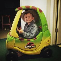 Breakfast at Tiffany's: Jurassic park car, how to redo a cozy coupe DIY.