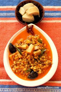 Konkani Mooga Mole Randayi (Sprouted Moong Dal Curry with Bamboo shoots) - CurryAffairs.com