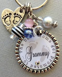 Pregnancy+announcement+First+time+grandma+New+Grandma+by+buttonit,+$18.50