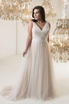 ac36bb6b De 60 bedste billeder fra Brudekjoler - plus size   Dress wedding ...