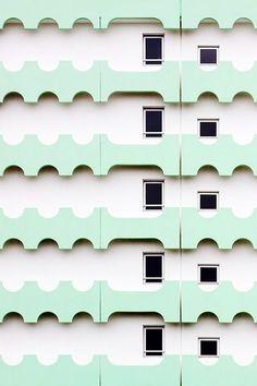 Balladurisme by Eric Dufour photographies facade architecture design inspiration Exterior Design, Interior And Exterior, Facade Design, Architecture Design, System Architecture, Drawing Architecture, Architecture Portfolio, Contemporary Architecture, Zaha Hadid