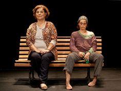 """O dramaturgo e ator Fauzi Arap (1938 - 2013) é homenageado em dois espetáculos: """"Coisa de Louco"""", com Nilton Bicudo, e """"Chorinho"""", com Denise Fraga e Cláudia Mello, além das leituras das obras do diretor."""