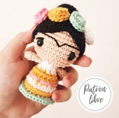 Crochet Quilt, Knit Crochet, Crochet Hats, Kawaii Crochet, Crochet Dolls, Easy Crochet Patterns, Linocut Prints, Diy Doll, Mini