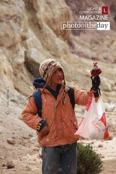 In All Weathers, by Nilla Palmer -  Just before reaching La Polvorilla Viaduct, the train's destination, we stopped temporarily so that young artisans had the opportunity to sell their handmade treasures in the extreme conditions of the snowy wastes.