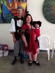 Babywearing family costume idea from Wrap Your Baby: Pirates
