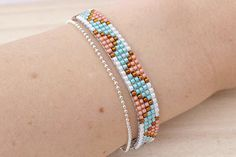 Safari inspired Peach, Turquoise & Smoky Topaz colors loom beaded bracelet with chain - Peach and Turquoise colors Toho bead loom bracelet, Seed bead bracelet, Loom beaded bracelet with c - Loom Bracelet Patterns, Bead Loom Bracelets, Bead Loom Patterns, Unique Bracelets, Handmade Bracelets, Beading Patterns, Diamond Bracelets, Topaz Color, Pandora Beads