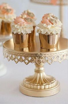 Pink & gold Find cheap cake stands and plates. Spray paint gold