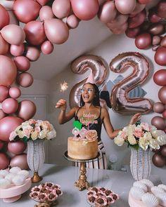 21st Bday Ideas, Birthday Ideas For Her, Birthday Goals, Birthday Balloon Decorations, Birthday Party For Teens, 18th Birthday Party, Birthday Balloons, Birthday Celebration, Birthday Party Themes