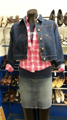 We've gathered our favorite ideas for 17 Best Images About Thrifting Goodwill Outfits On, Explor Thrift Shop Outfit, Thrift Store Fashion, Thrift Store Outfits, Cute Fall Outfits, Girl Outfits, Fashion Outfits, Dress Makeover, Hollister Clothes, School Fashion