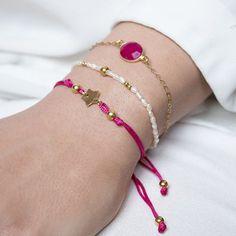 Consigue tu Pack de pulseras de plata bañadas en oro, perlas de río y ágata facetada a un precio rebajado y con gastos de envío gratis.