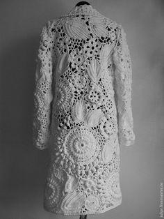 Capa de ganchillo chaqueta de punto hechos a mano y hecho We are want to say tha. Gilet Crochet, Crochet Jacket, Freeform Crochet, Crochet Cardigan, Irish Crochet, Crochet Shawl, Lace Jacket, Lace Art, Irish Lace