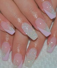 Nail art Christmas - the festive spirit on the nails. Over 70 creative ideas and tutorials - My Nails Stylish Nails, Trendy Nails, Cute Nails, Silver Nails, Glitter Nails, Gel Nails, Pink Acrylic Nails, Pink Nails, Cute Acrylic Nail Designs
