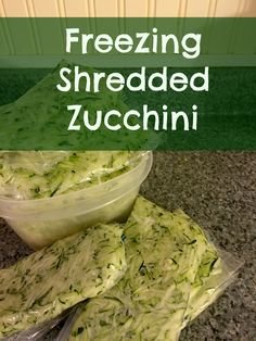 Shredded Zucchini Have a ton of garden fresh zucchini? Freeze it for use all winter long!Have a ton of garden fresh zucchini? Freeze it for use all winter long! Freezing Vegetables, Winter Vegetables, Organic Vegetables, Veggies, Freezer Cooking, Freezer Meals, Cooking Tips, Freezer Recipes, Keto Recipes