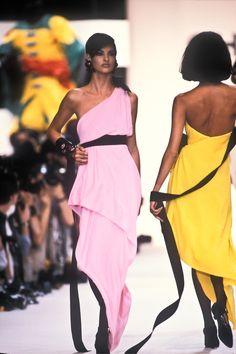 Chanel RTW S/S 1991 Model: Linda Evangelista