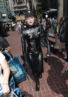 American Actress Adrianne Curry ...  hollywood celebrity...   .