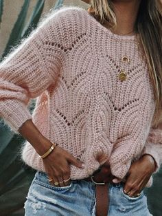 Round Neck Cutout Crochet Plain Sweaters - - Source by Winter Skirt Outfit, Skirt Outfits, Winter Outfits, Cute Outfits, Casual Outfits, Casual Sweaters, Winter Sweaters, Pullover Sweaters, Women's Sweaters