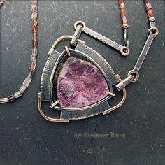 Ожерелье с натуральными камнями.