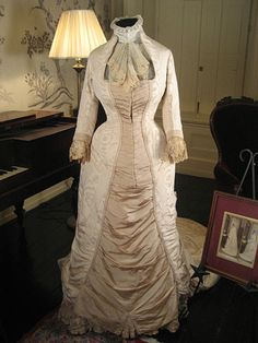 1879 Victorian Wedding Gown with Provenance | eBay