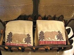 reuse an empty food gift basket for hand towels. Repurpose, Reuse, Decorative Hand Towels, Mountain Decor, Bear Theme, Handmade Kitchens, Food Gifts, Gift Baskets, Cleaning Hacks