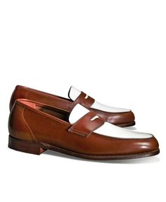 """<a href=""""#pdplearnmore"""" class=""""lm"""">The Great Gatsby Collection</a><br>Loafers, made from genuine calfskin. Leather sole and lining. Goodyear welted. Tone-on-tone stitching. Made in England."""