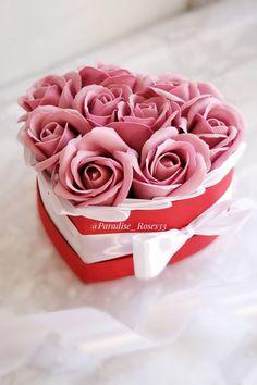 #букет #розы #красивыйбукет #розыизмыла #подарок #8марта #любимой #маме Icing, Rose, Desserts, Flowers, Tailgate Desserts, Pink, Deserts, Florals, Postres