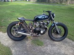 How would you classify this custom bike, is it a street tracker, a cafe racer, a brat or something else?