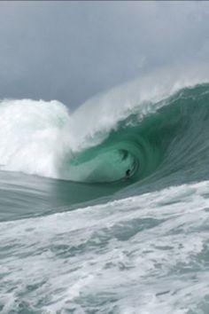 extreme-surf-wave