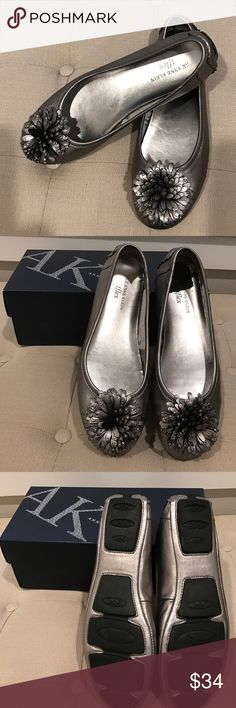 Pewter Anne Klein Flats Never Worn! Pretty metallic Flats that are very versatile & comfortable!  You can't go wrong with these!✨ Anne Klein Shoes Flats & Loafers