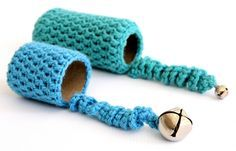 Toilet paper roll crocheted cat toy