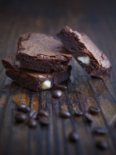 Chocolate Brownies without Chocolate? - My Easy Cooking Chocolate Brownies, Brownie Recipes, Meals For One, Easy Cooking, Cravings, Baking, Sweet, Desserts, Food