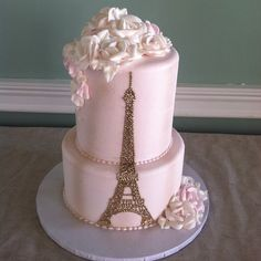 Take your guests to a trip to the city of romance!: http://www.quinceanera.com/food/paris-themed-quince-cakes-love-first-bite/?utm_source=pinterest&utm_medium=article&utm_campaign=021715-paris-themed-quince-cakes-love-first-bite