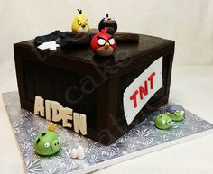 Angry birds cake for a boy. By thecakeattic.com in Salisbury, NC www.facebook.com/thecakeattic
