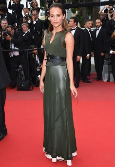 Alicia Vikander in Louis Vuitton #Cannes2015