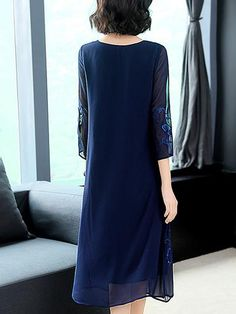 Elegant Embroidery O-Neck Long Sleeve Oversize Shift Casual Dresses - dressesstar Casual Dresses, Fashion Dresses, Fashion Styles, Stylish Dresses, Fall Dresses, Bodycon Dress With Sleeves, Floral Skater Dress, Straight Dress, Fit Flare Dress