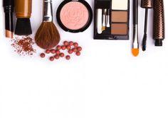 Replici accesibile ale produselor de lux in materie de cosmetice
