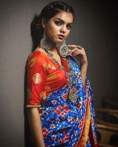 How To Wear Fashion Jewellery For Silk Sarees? Phulkari Saree, Ikkat Silk Sarees, Churidar, Anarkali, Lehenga, Indian Dresses, Indian Outfits, Indian Bridal Fashion, Glam Dresses