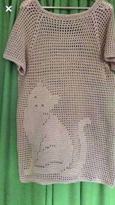 Туника-реглан в филейной технике. Крючком. Схема. / knittingideas.ru Diy Crochet Sweater, Crochet Tunic Pattern, Bonnet Crochet, Gilet Crochet, Crochet Mittens, Crochet Cardigan, Crochet Clothes, Crochet Stitches, Knitting Patterns