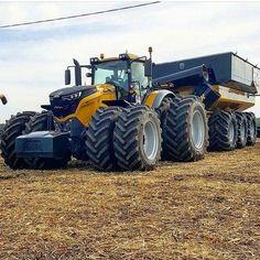 :) Old John Deere Tractors, Big Tractors, Tractors For Sale, Vintage Tractors, Heavy Equipment For Sale, Old Farm Equipment, Mahindra Tractor, Caterpillar Equipment, Farm Lifestyle