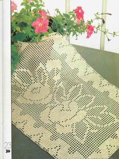 twin roses tablecloth, crochet pattern | make handmade, crochet, craft