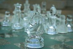 Glass Chess Pieces 8-26-09 --...    http://www.smokewire.com/