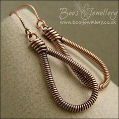 Metal Jewelry Long teardrop coiled loop earrings in antiqued copper Wire Jewelry Earrings, Copper Wire Jewelry, Wire Wrapped Earrings, Copper Earrings, Beaded Earrings, Earrings Handmade, Teardrop Earrings, Earrings Uk, Handcrafted Jewelry