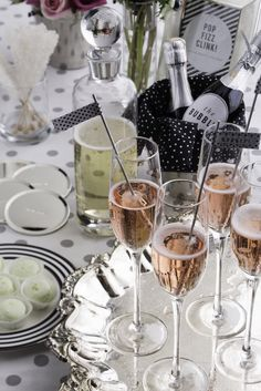 pink champagne bridal brunch with kate spade theme via @Dress for the Wedding