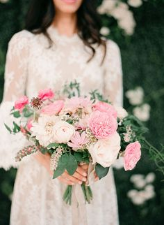 Garden Rose Bouquet with Blush and White Flowers | Brides.com